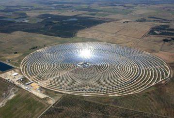 SPAIN-ENERGY-SOLAR-ROYALS